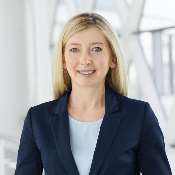 Portrait von Sabine Latzel, Rechtsanwältin, Prozessfinanzierung im Arzthaftungsrecht