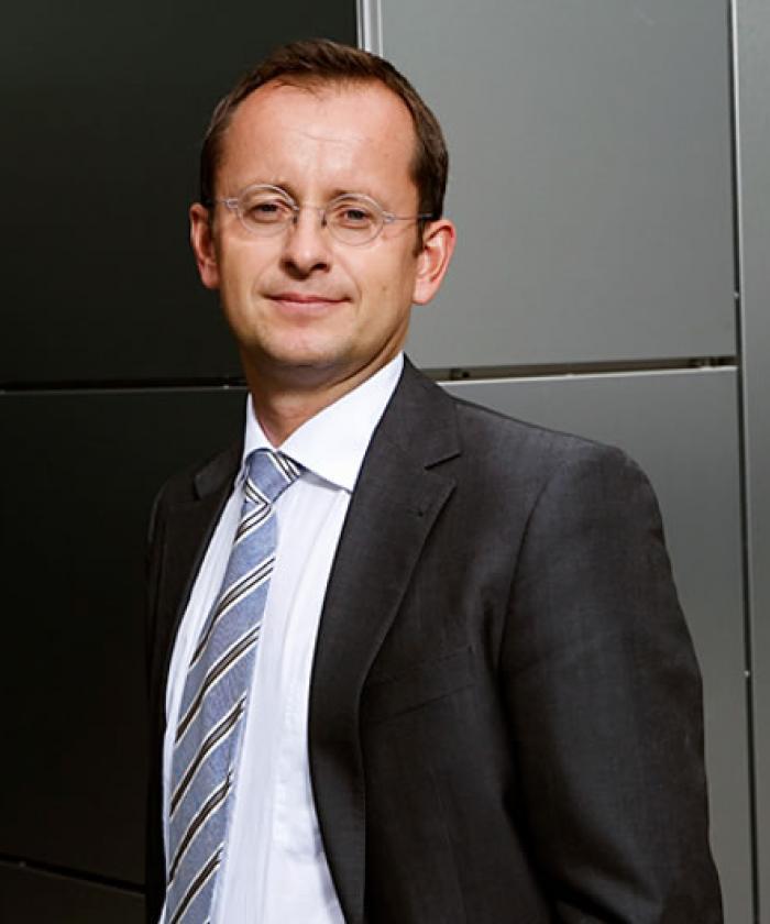 Portrait von Fabian Frechen, Rechtsanwalt für Bau- und Architektenrecht, LEGAL IMAGE