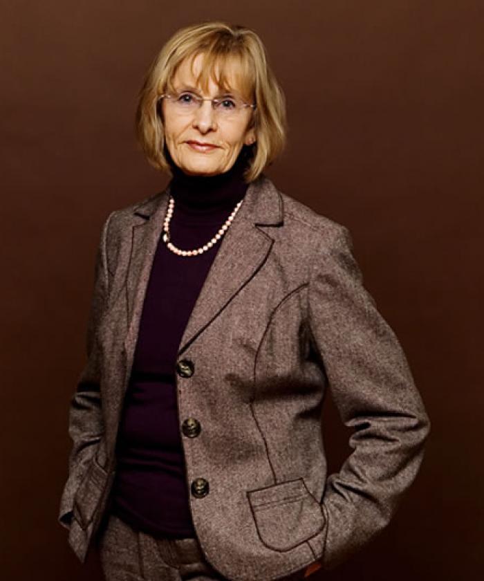 Portrait von Erika Lochner, Rechtsanwältin für Familienrecht, LEGAL IMAGE