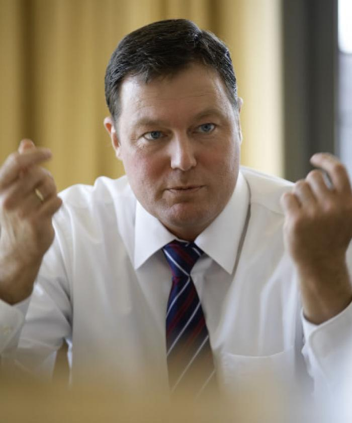 Portrait von Andreas Henf, Rechtsanwalt für Verwaltungsrecht, LEGAL IMAGE
