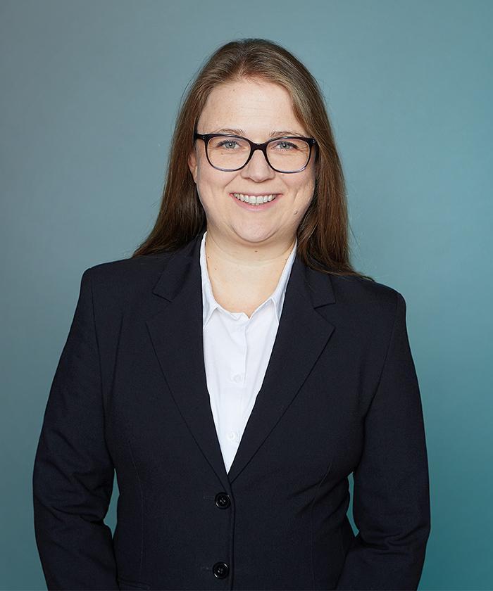 Portrait von Ilona Ahrens, Rechtsanwältin Prozessfinanzierung LEGIAL